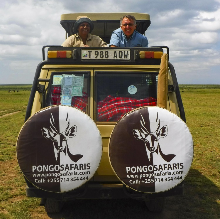 Pongo Safaris jeep