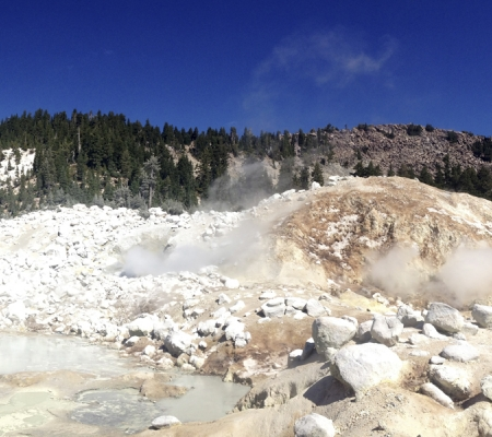 Sulphur pools at Lassen Volcanic National Park