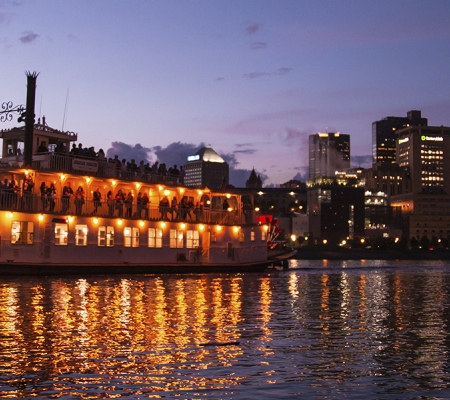 Padelford Riverboats' Sunset Dinner Cruise